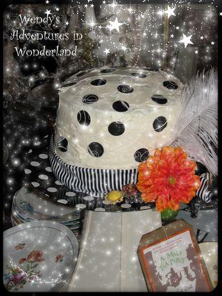 Htp miss v 2011 hat cake